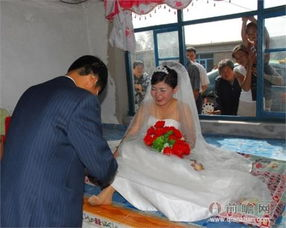 恋老与90岁爷爷小说-21岁女子与准公公结婚 我爱上了70岁的老汉 男子救人发现是母亲