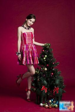 欧美a片母与子wwwrrbtme-Angelababy圣诞时尚大片今日曝光,这组照片是她专门为即将到来的...
