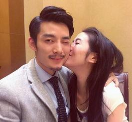 ...叶璇和男友甜蜜亲吻秀恩爱