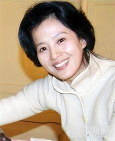 刘亦菲妈妈年轻照片 刘亦菲爸爸妈妈是干什么的 4