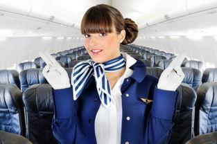 美国航班现裸女一丝不挂 边大笑边现场直播