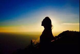 成为最幸福的人,第一缕曙光 第一阵海风都属于你 此去不经年,后会终有期