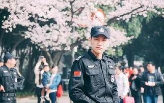武汉大学樱花节最帅保安是谁 樱花节最帅保安微博私照资料曝光