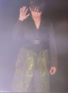 ...魏洲在光影之间释放青春,散发出蓬勃的朝气.型男的装备搭配帅...