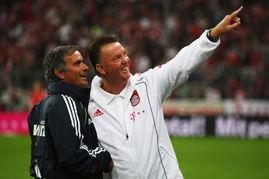 ...了教练之路,并一步步走向成功-范加尔索2亿镑重建曼联 豪购拜仁巨...
