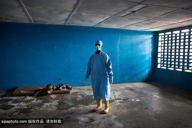...亲历利比里亚 直面 死神 埃博拉