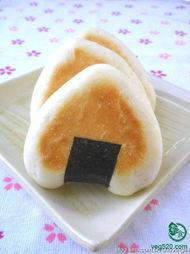 三角饭团面包