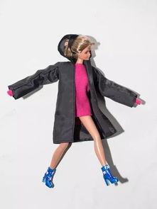 ava222-芭比娃娃穿潮牌:酷女孩都爱