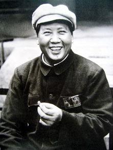杜月笙从小混混变成上海皇帝 毛主席却用六个字概括其一生