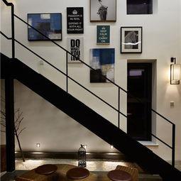 楼梯空间装修效果图