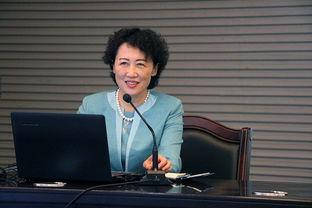 李若梅教授来校讲授女性工作者如何实现人生价值湖大官方微博视频新闻