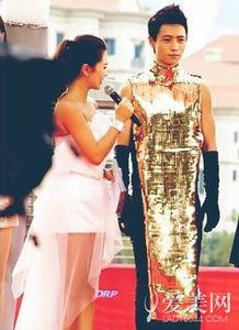 """红毯上的重金属贵妇装,真心无法理解这样的""""时尚"""