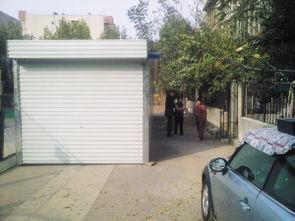 siku私库18-小区的道路,本来归居民共有,是居民通行所用,但在济南市市中区玉...